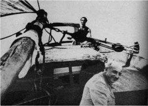 L'Abbé Breuil sur le voilier d'Henri Monfreid en Mer Rouge (The Abbé Breuil préhistorian, Alan Houghton Brobroderick, Huchinson of London 1963)