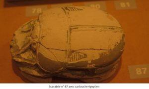 Scarabée n° 87 avec cartouche egyptien